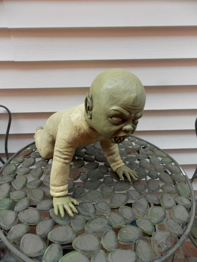Halloween Zombie Baby Prop.Halloween Creepy Tommy Crawling Zombie Baby Prop Haunted House
