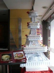 eiffel tower wedding cake | Paris | Pinterest | Wedding cake, Tower ...