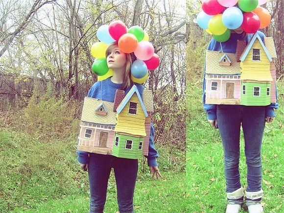 Carl and Ellie Flying House Costume  So flippin great  sc 1 st  Pinterest & Disfraz de casa voladora con globos de la película UP. Imagen: http ...
