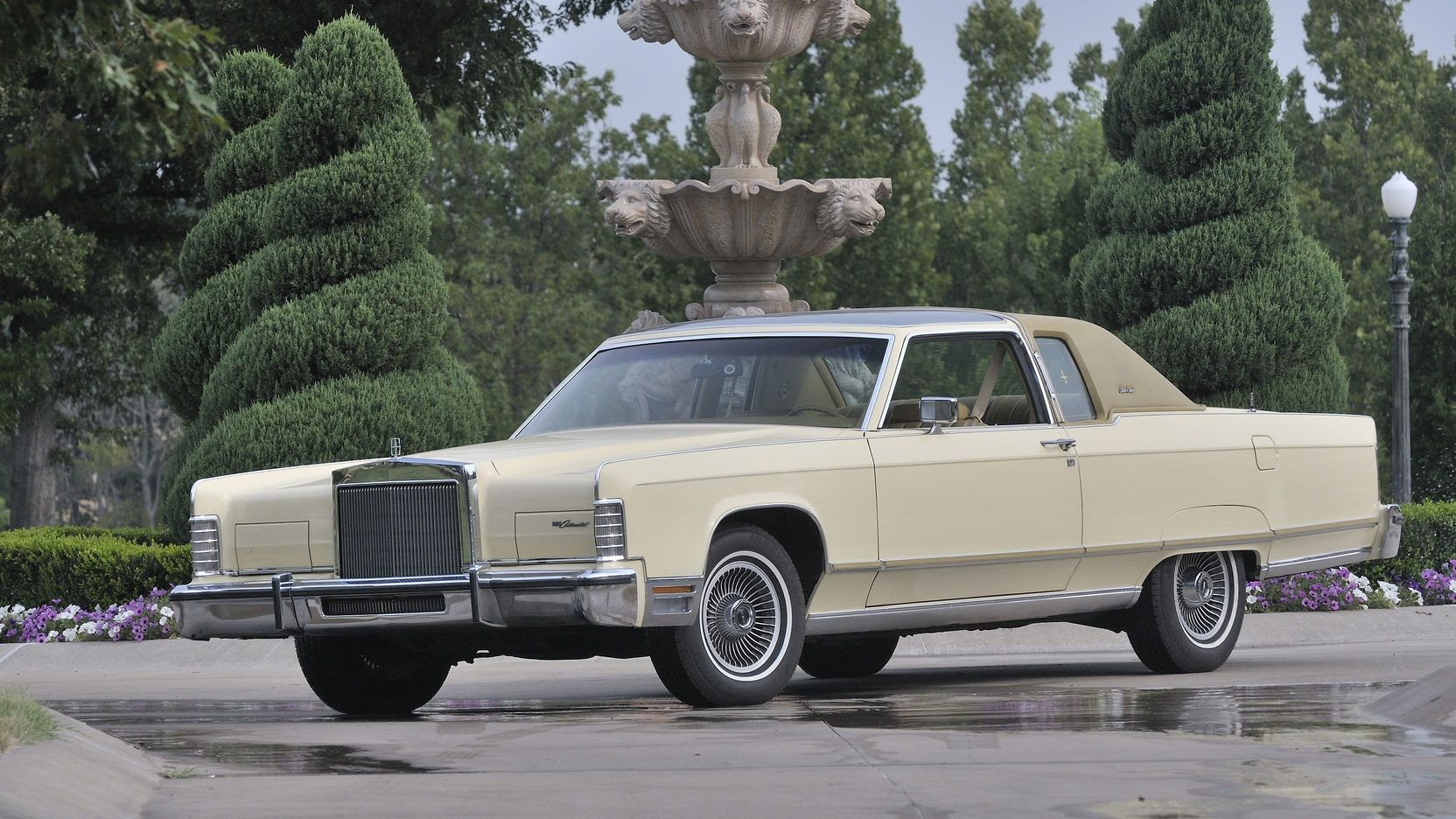 1977 Lincoln Continental Town Coupe Presented As Lot W4 At Dallas Tx Lincoln Continental Coupe Lincoln Cars