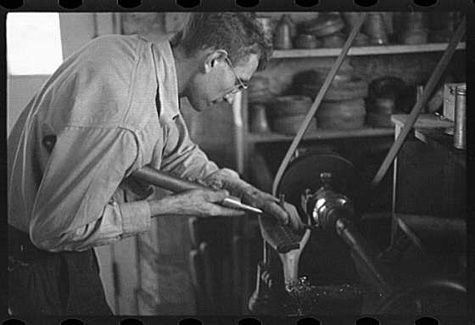 ben shahn wv pictures | ... at the vacuum cleaner factory in Arthurdale, West Virginia, c. 1944
