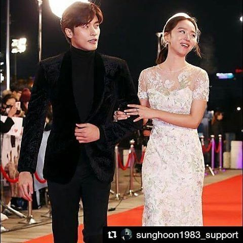 #Repost @sunghoon1983_support ・・・ Today#SungHoon#성훈attends 2016#KBSDramaAwards #2016KBS연기대상the 30th KBS drama Awards will be held at#KBSHall at 9:15 pm today 31/12/2016 30번 째 KBS 연기대상은 31일 오후 9시 15분 KBS홀에서 개최된다|작성자 2016#KBS#레드카펫이#RedCarpet #FiveChildren#FiveEnough#아이가다섯#KBS2 #kbs#kbs연기대상#연기대상 #2016kbs연기대상#2016kbsdramaawards