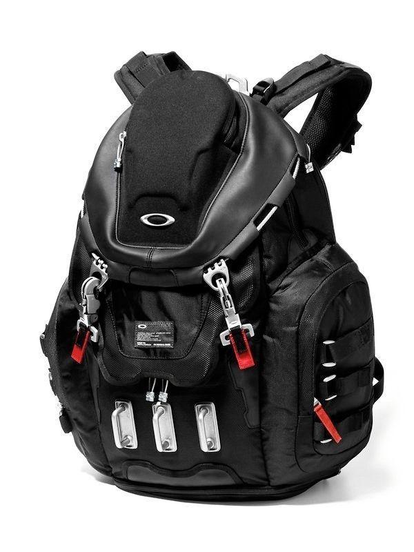 New Oakley Kitchen Sink 17 Laptop Macbook Pro Black Backpack Corporate Ed Oakley Oakley Backpack Bags Black Backpack