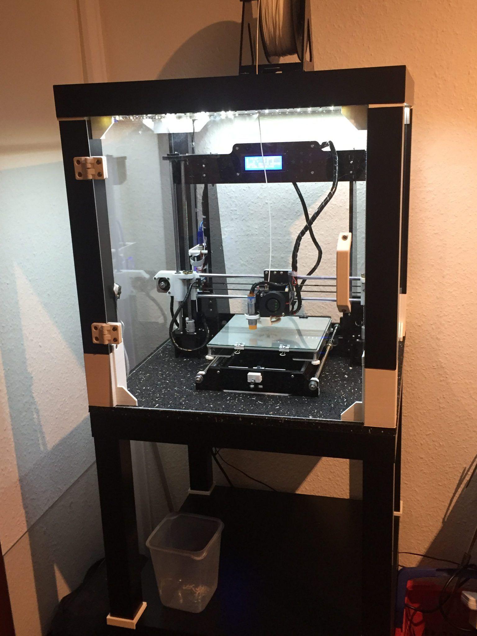 Auf Eine Veranstaltung Des Hackerspace Bremen E V Hatte Ich Unteranderem Auch Ein Interessantes Gesprach Mi 3d Drucker 3d Drucker Bausatz 3d Drucker Projekte