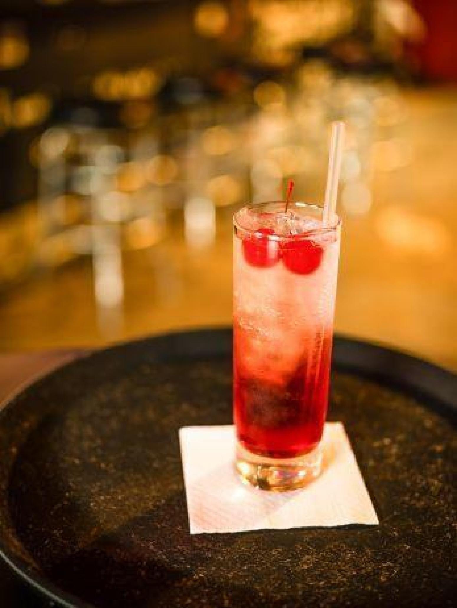 Pouring cherries. Cherry Liqueur Recipes 5