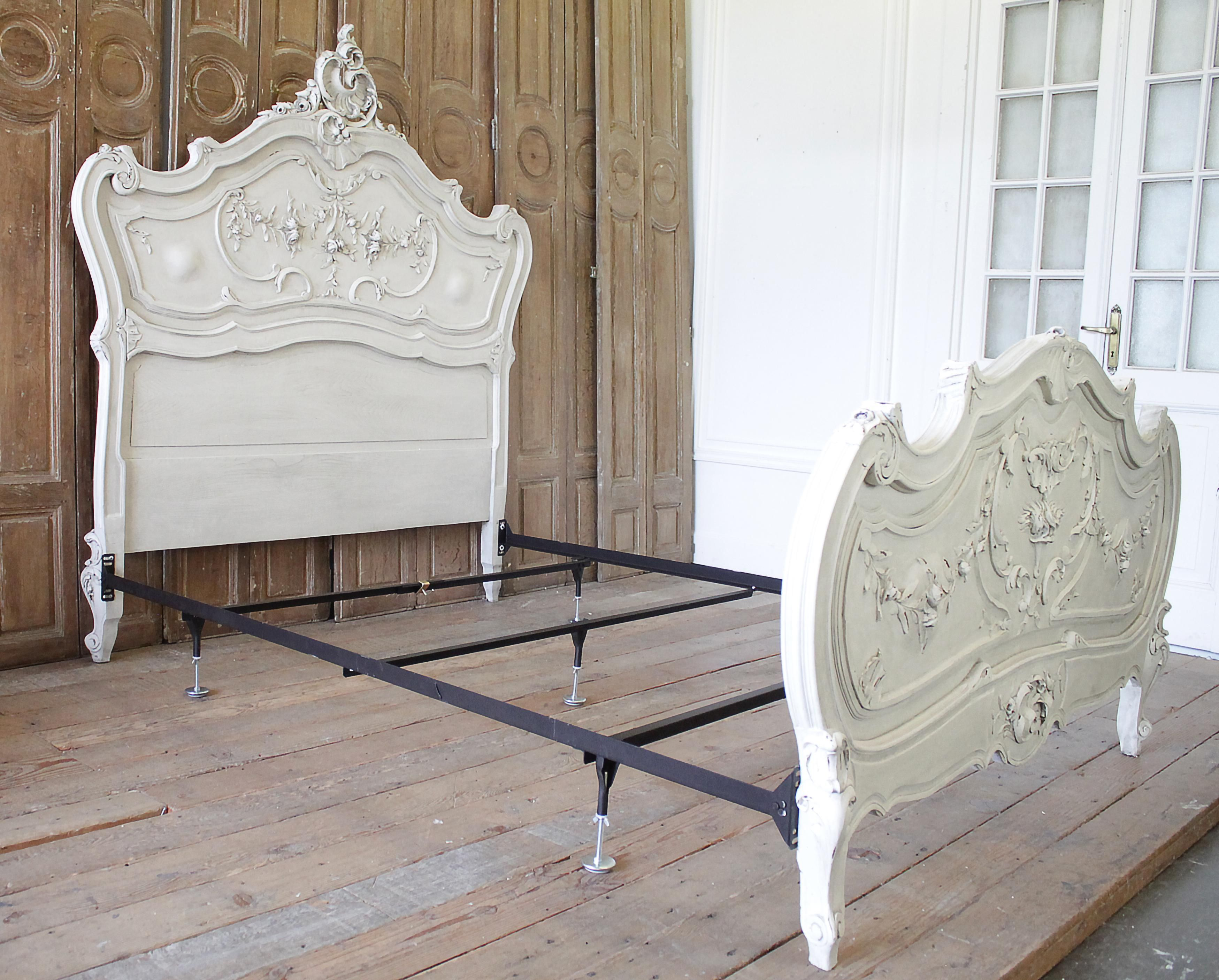 Early 20th Century Antique Louis XV Style Painted French
