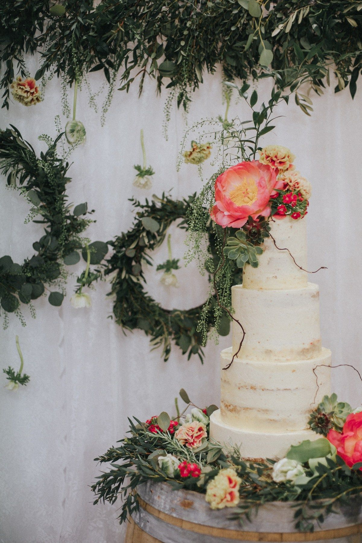 A huge semi-naked Victoria sponge for an Online Romance and a Wedding Planned in Just Nine Weeks. Images by Grace Elizabeth Photography