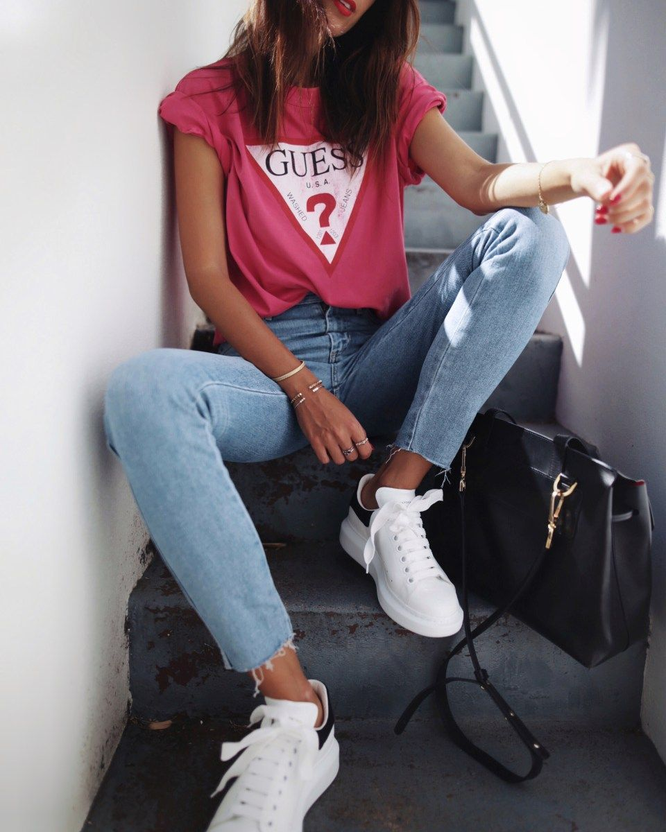 Guess originals skinny jeans guess classic logo tee andi