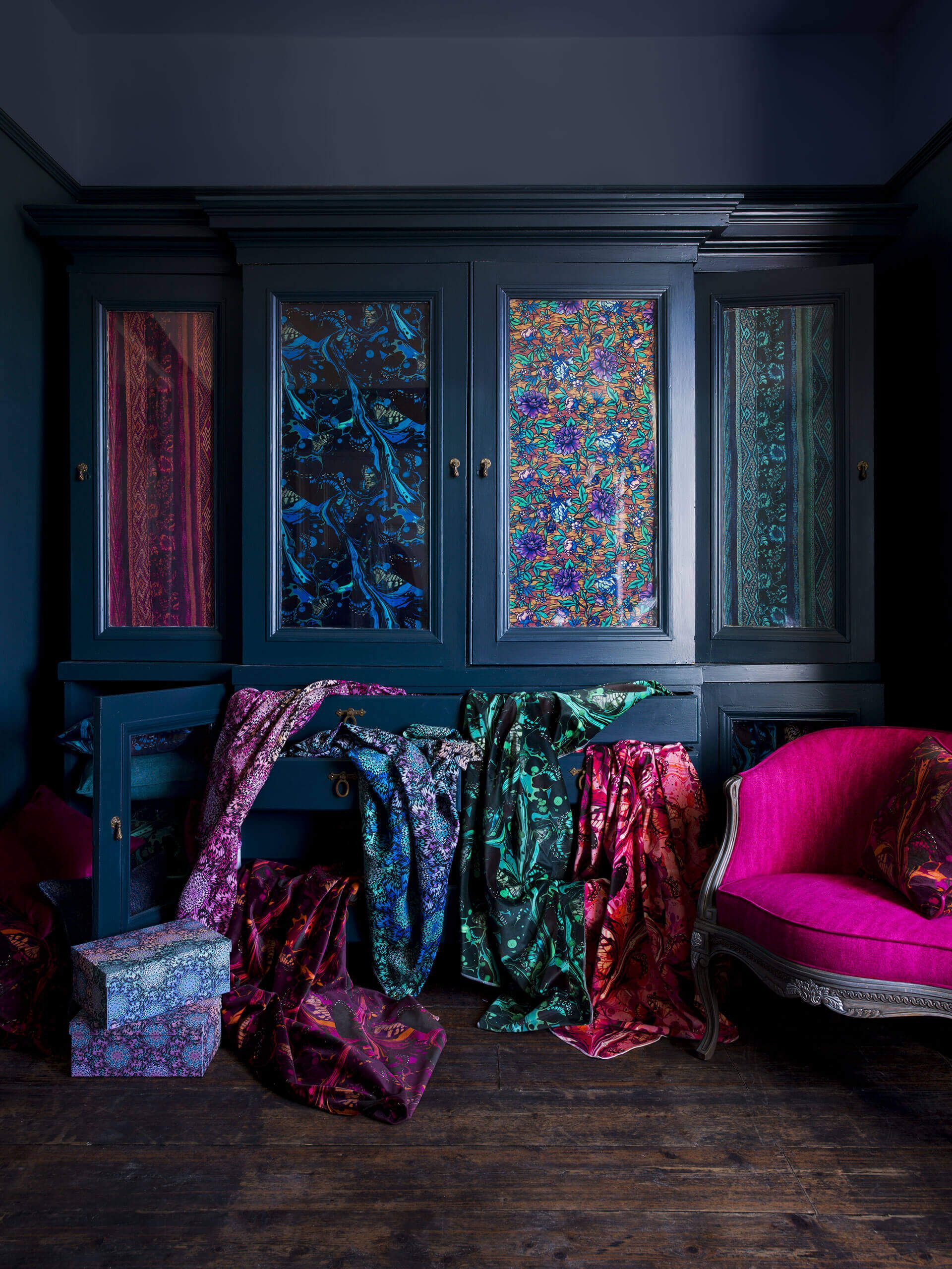 Trend Watch Jewel Tones In Interiors Silver Wall Art Contemporary Art Uk Jewel Toned Bedroom Decor Jewel Tone Bedroom Home Decor