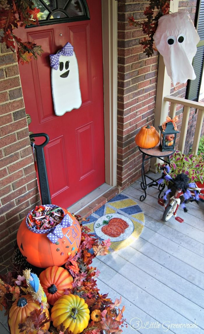 Halloween Front Porch | Front porches, Porch and Holidays halloween
