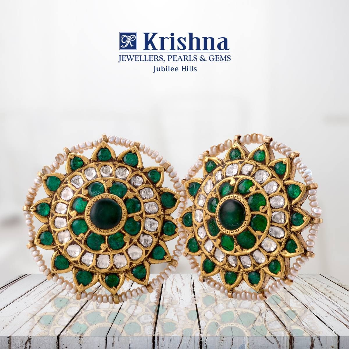Beautiful South Indian Kundan Stud Earrings With Flat