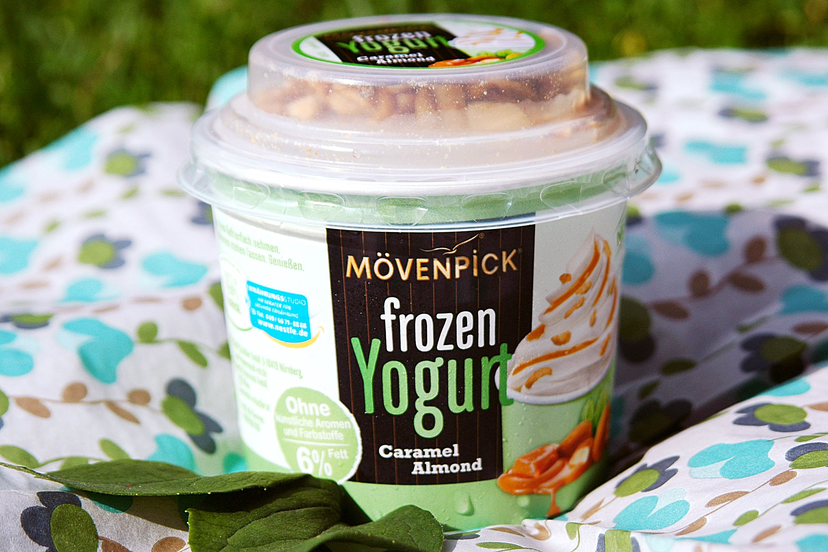 Mövenpick frozen Yogurt Caramel Almond #moevenpickeis #frozenyogurt #caramel #almond #sokanneissein #genussvollemomente