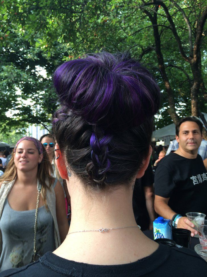 Pin for Later: The Most Beautiful Street Style Babes at Lollapalooza 2014 Lollapalooza Beauty Street Style 2014 And the back! Photo: Lauren Levinson