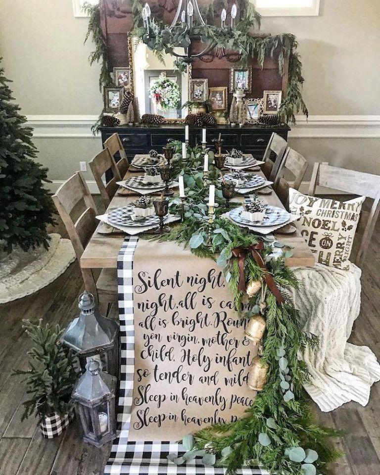 21 Festive Christmas Tablescape Decor Ideas