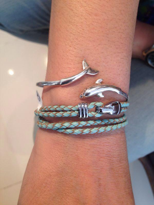Дельфин и русалка.....,где русалка?!:))((