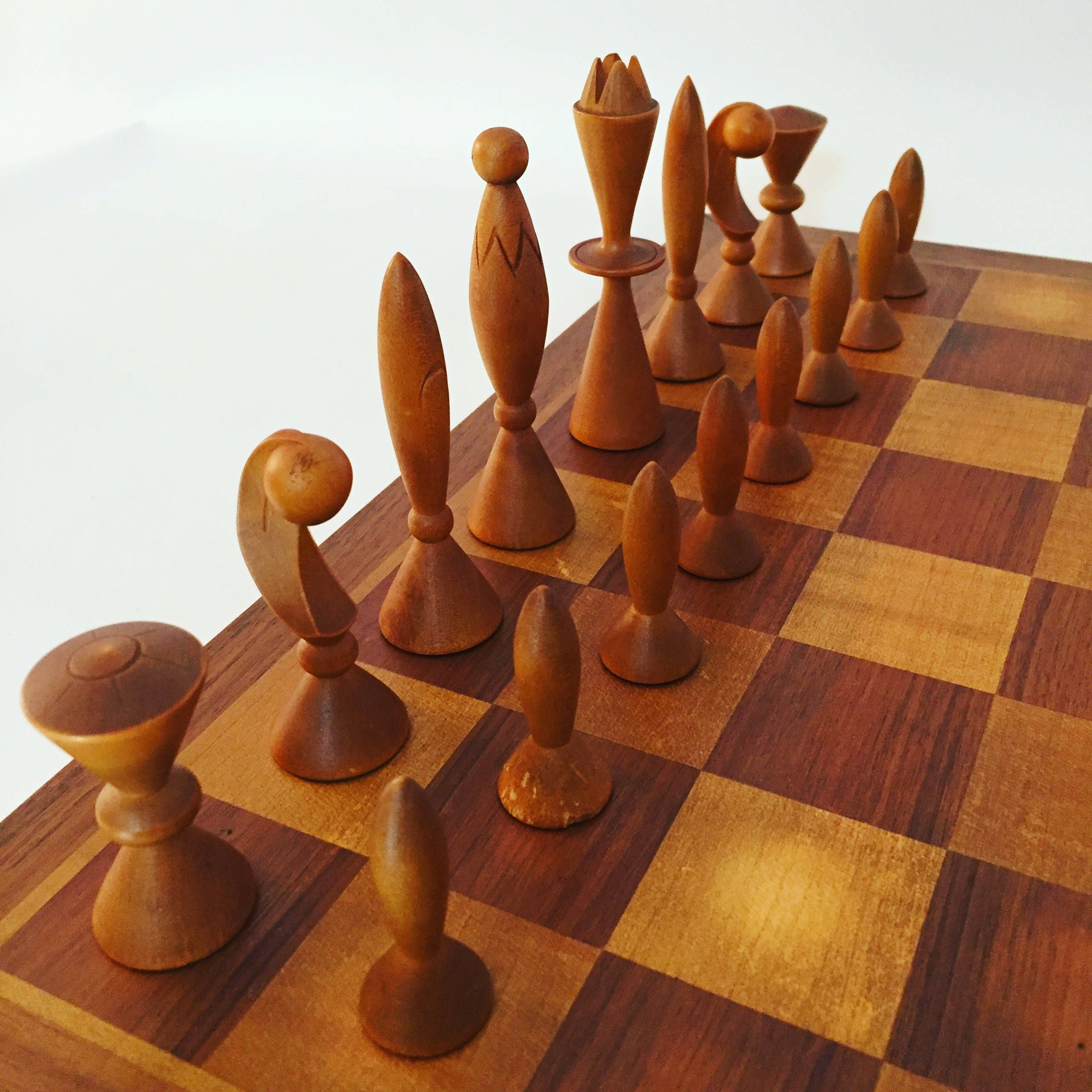 Space Age Chess Set By Arthur Elliott For Anri By Anthonyrosamodern On Etsy Chess Set Chess Wooden Chess Pieces