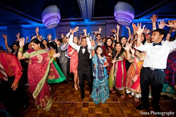 Indian Wedding Reception Bride Groom Photography In Orlando Fl Indian Wedding By Sona Photography