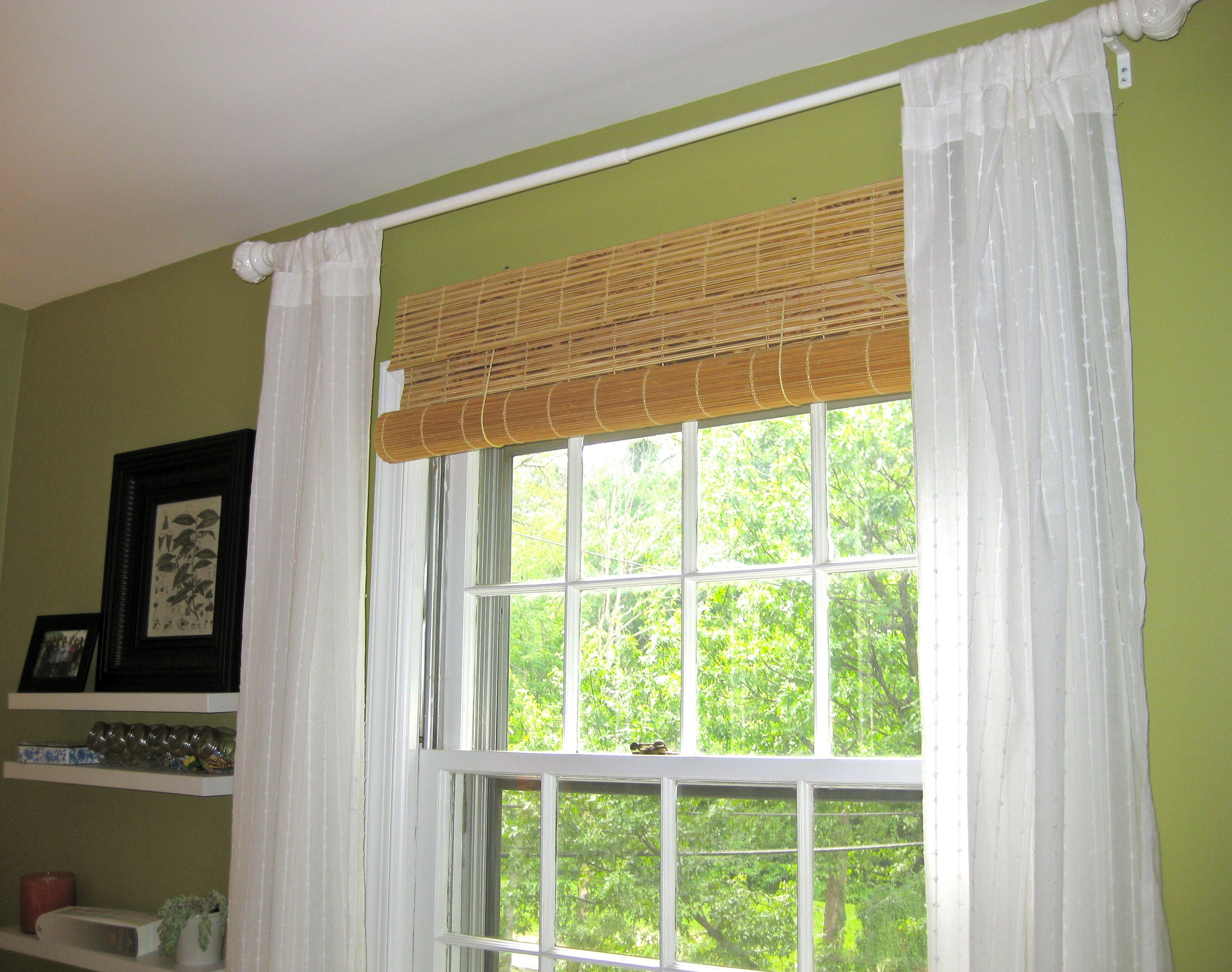 Hanging Bamboo Blinds Do S And Don Ts Bamboo Window Shades