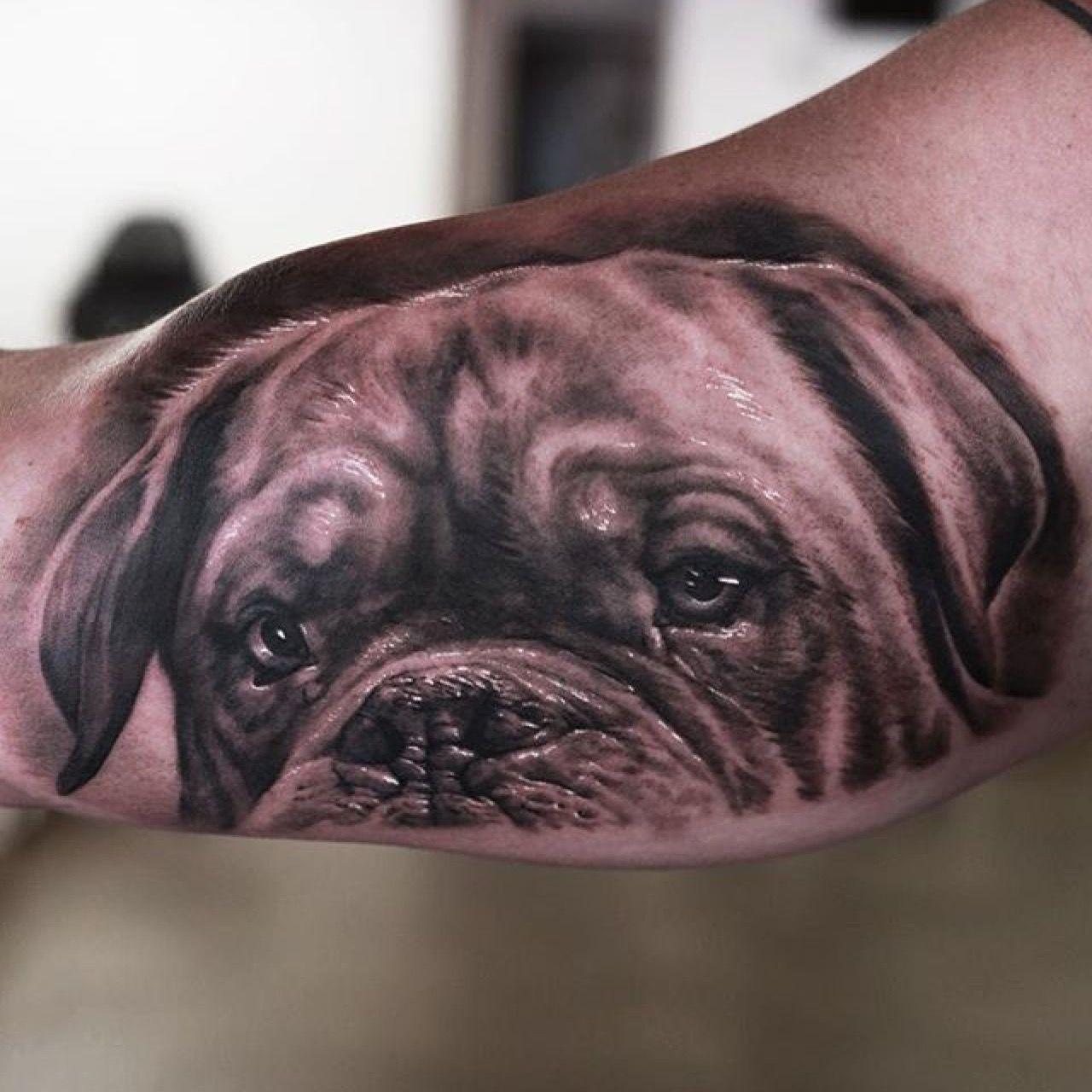 Dogue De Bordeaux Tattoo Black And Grey Fyink Seunghyunjotattoos Dogo De Burdeos Burdeos Tatuajes