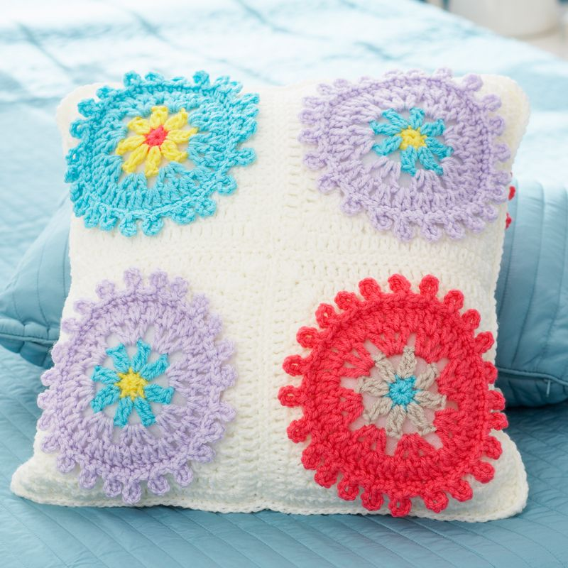 Colorful Cogs Afghan and Pillow - free crochet pattern - Bernat ...