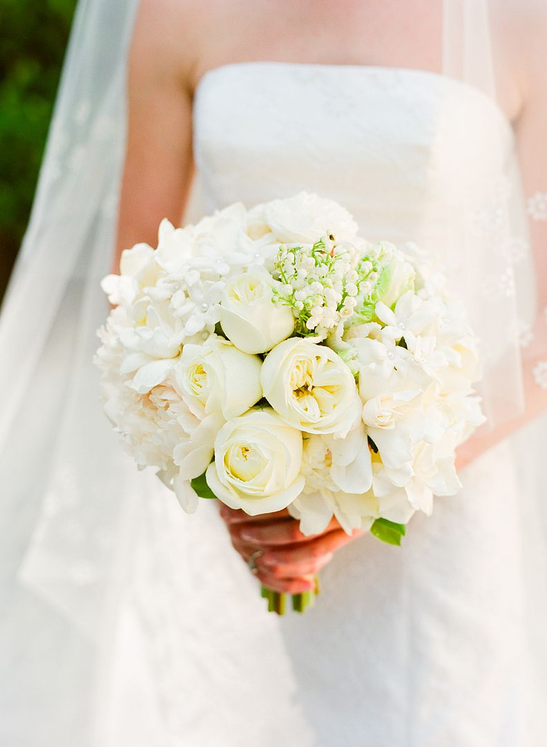 Romantic White Bouquet Bouquet Pinterest White Bouquets And