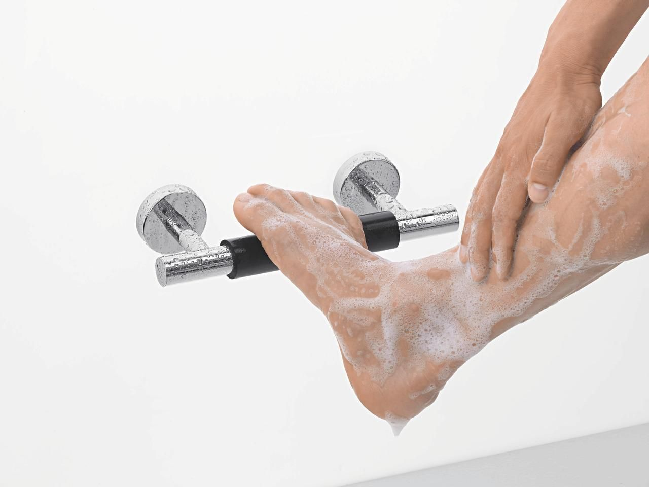 Intelligent Shower With Foot Support Hansgrohe Showers Tips