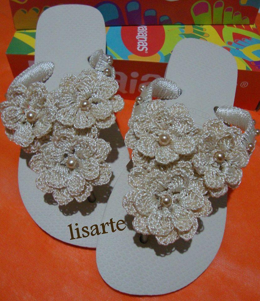 9c7409cef20a8 elisartes chinelos decorados com crochê