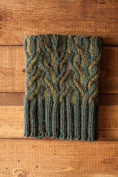 Twisted Lines Boot Toppers Knitting Patterns And Crochet Patterns