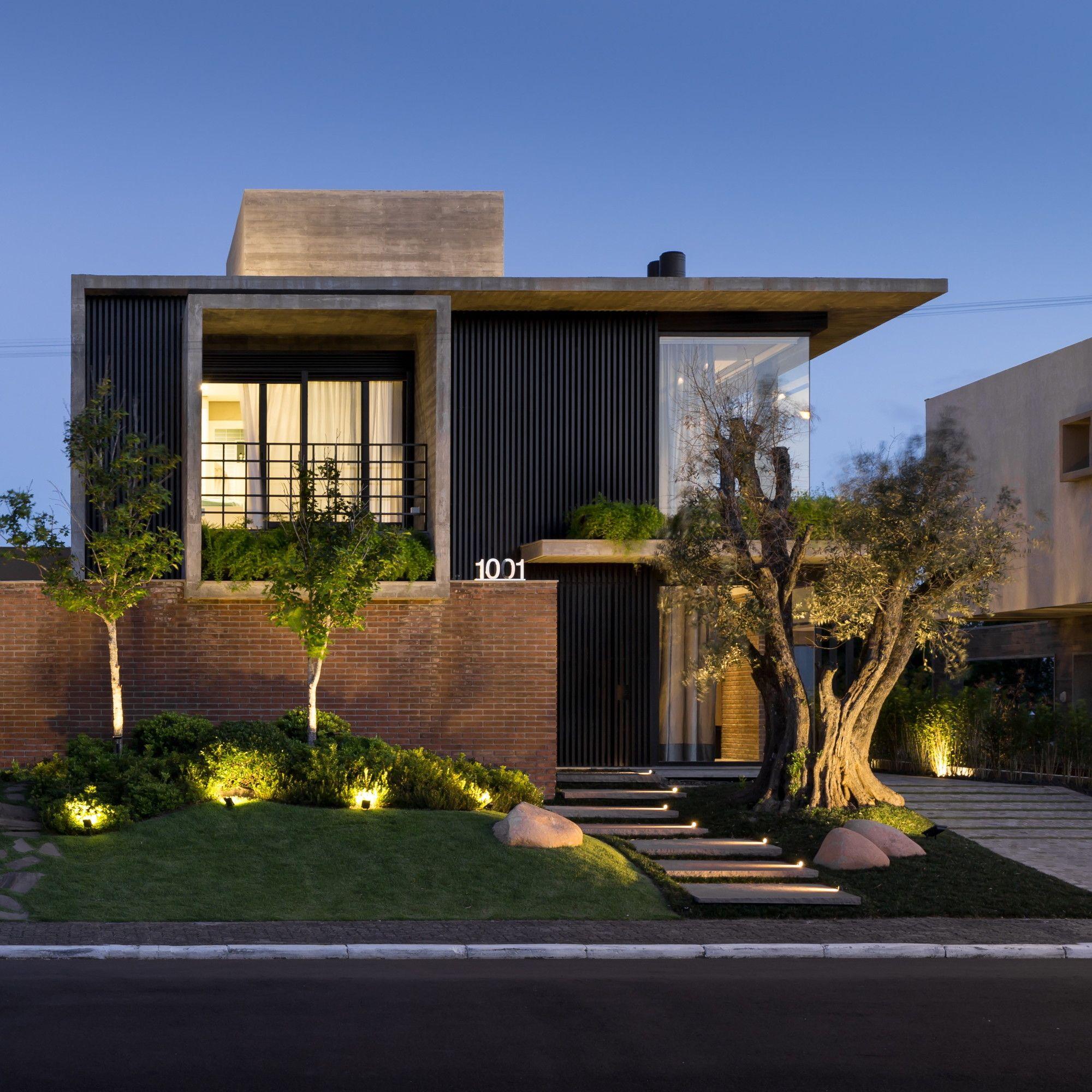Galeria De Casa Weber Ramella Arquitetura 10 Facade House Modern House Facades Modern Architecture House