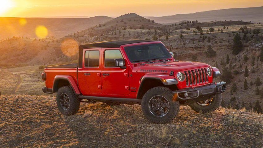 2020 Jeep Gladiator Stakes A Claim In The Increasingly Popular And Profitable Truck Segment Jeep Gladiator Jeep Wrangler Pickup