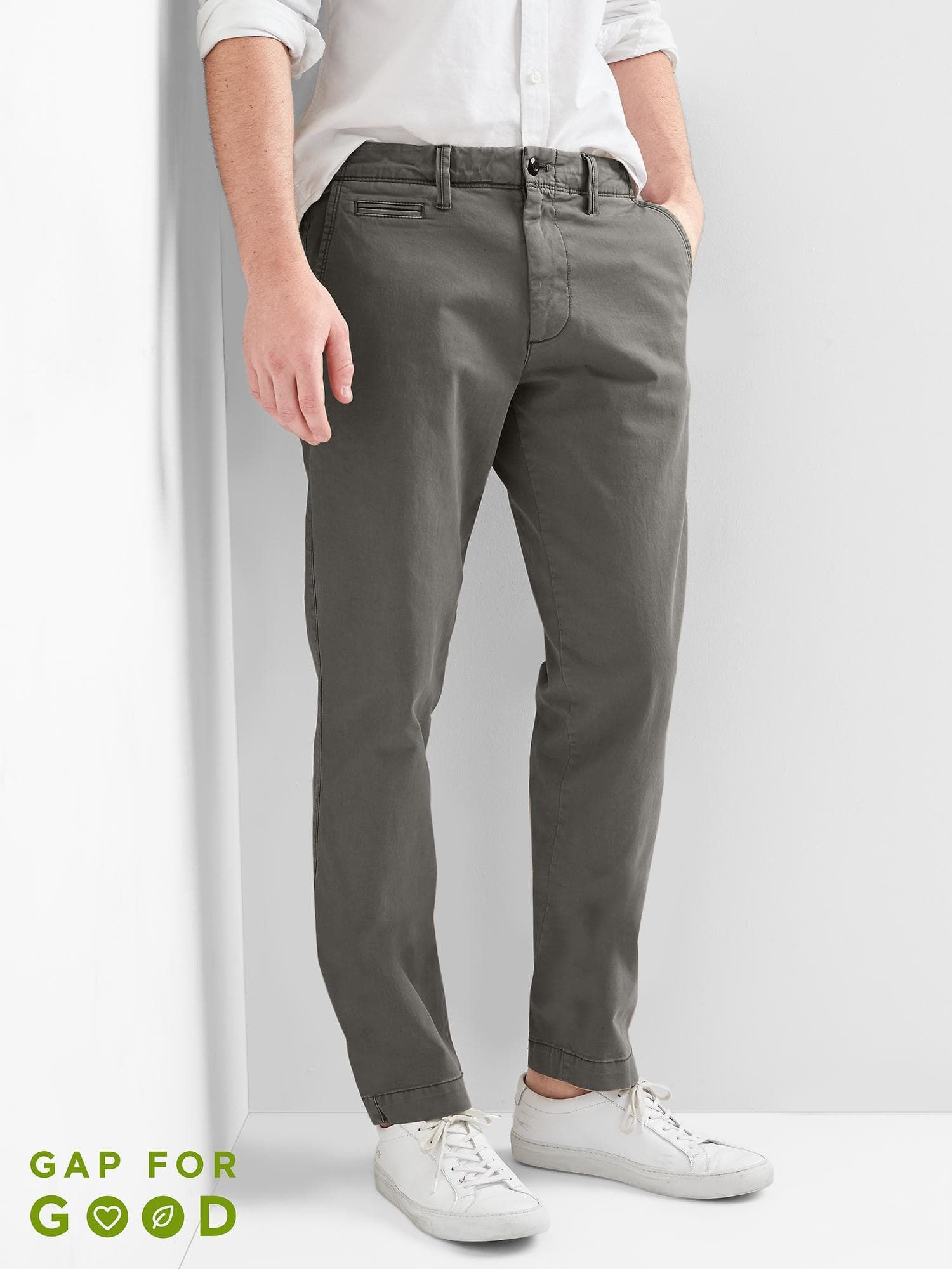 ba20b24d106c Color Vintage Wash Khakis in Slim Fit with GapFlex