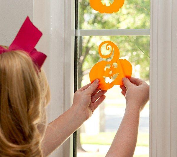 Cricut Kids Crafts - Window Pumpkins Our new window cling Halloween - halloween window clings