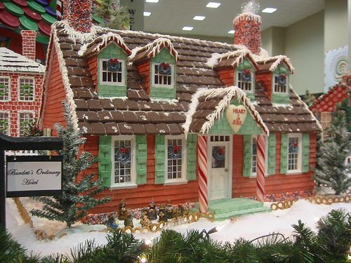 SBC Candy Houses by Colorfly Studio, via Flickr Gingerbread