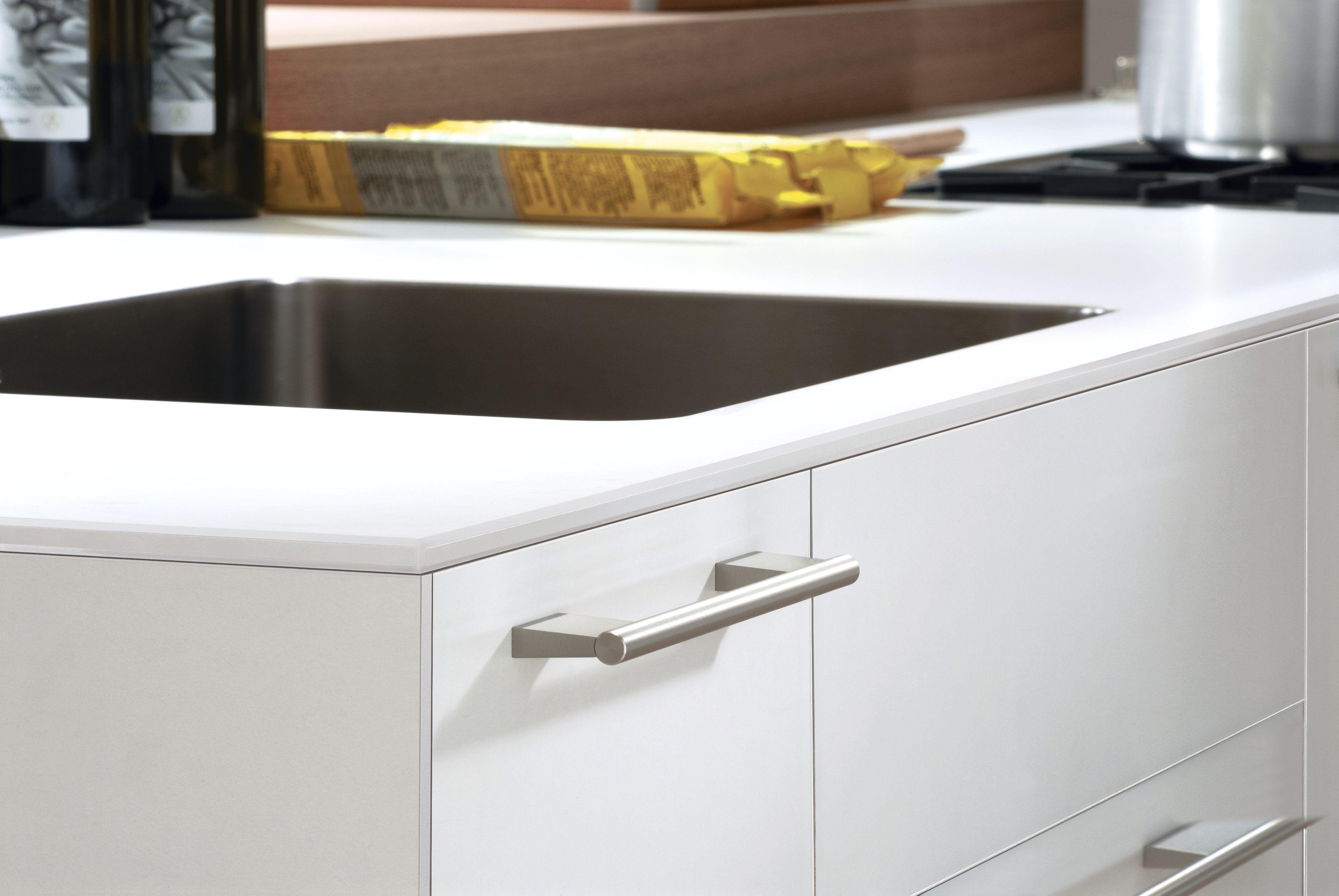 bulthaup cuisine b3 le plan de travail est galement disponible en stratifi sans joints ce. Black Bedroom Furniture Sets. Home Design Ideas
