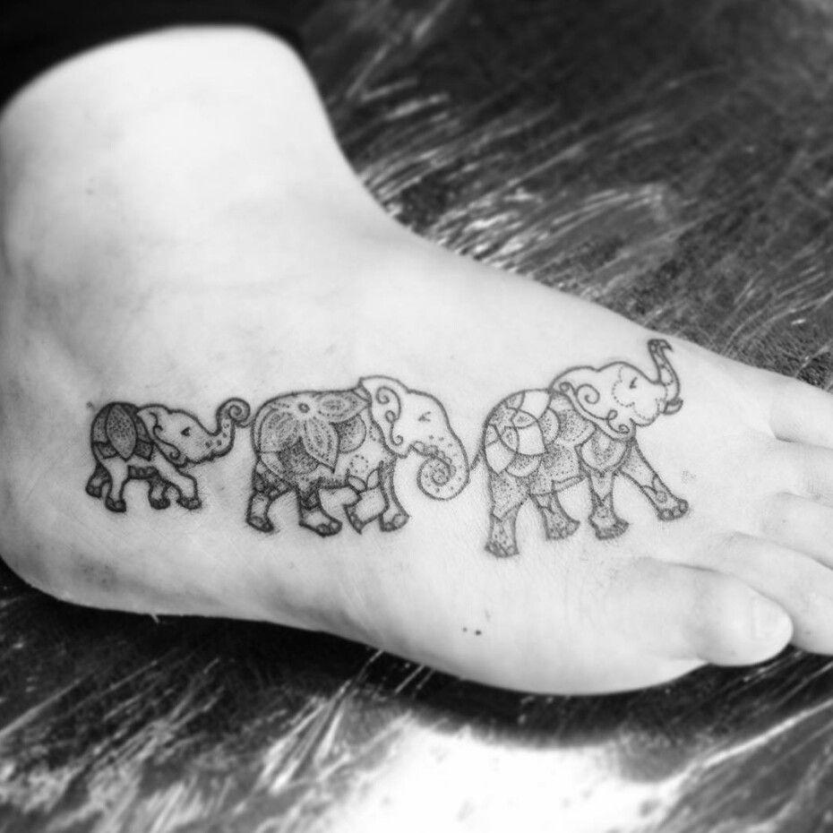 Elephant Mandala Tattoo Tattoos T Tatuajes Elefantes Y: Pin De Tara Larsen En Tattoo City