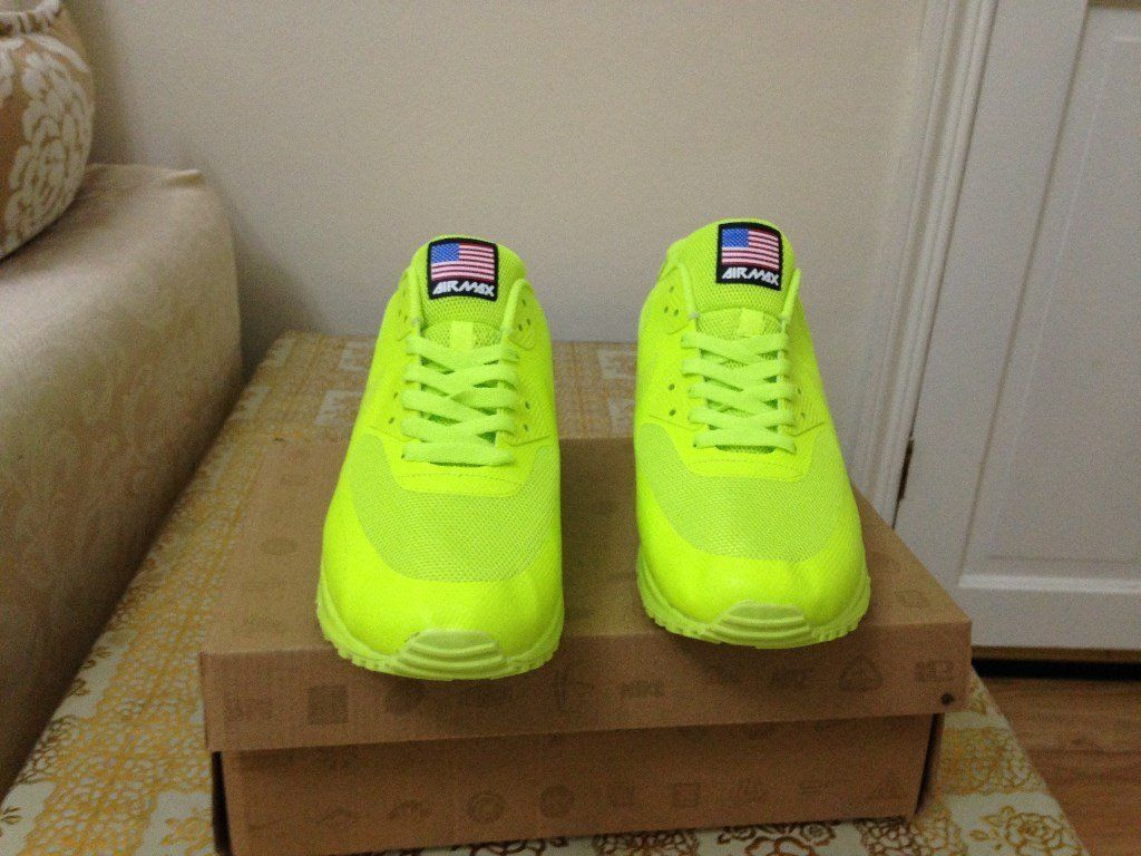 Nike Air Max 90 Hyperfuse Independence Day Volt Yellow   lime green ... afd7f0a304