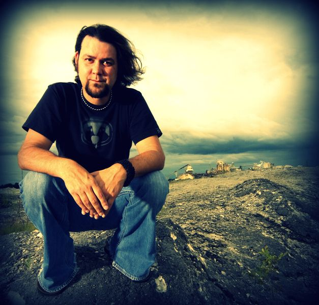 Check out Paul Renna on ReverbNation