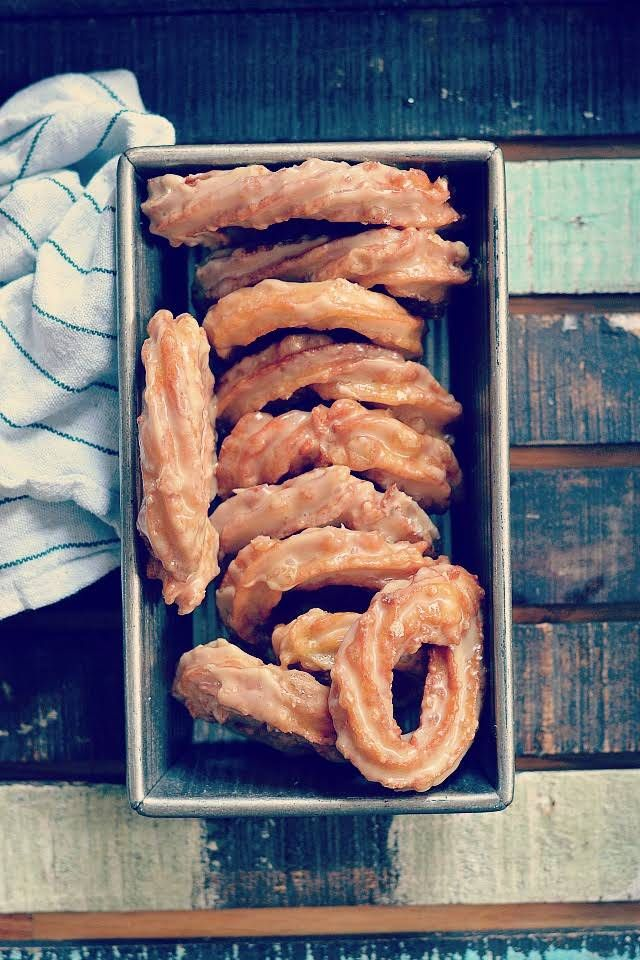 French Canadian Crullers (maple Crullers) With Water