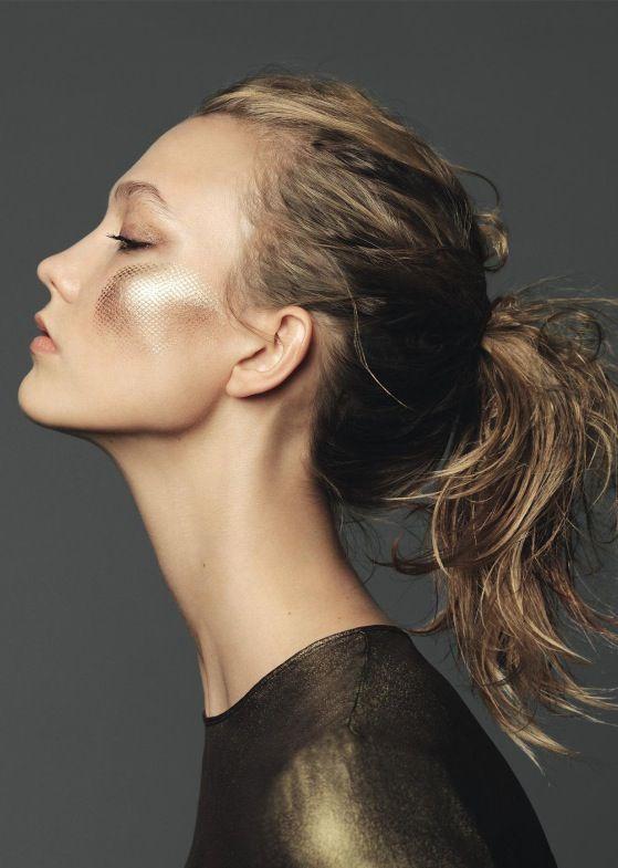 { Karlie Kloss by Nico for Elle France December 2014 }