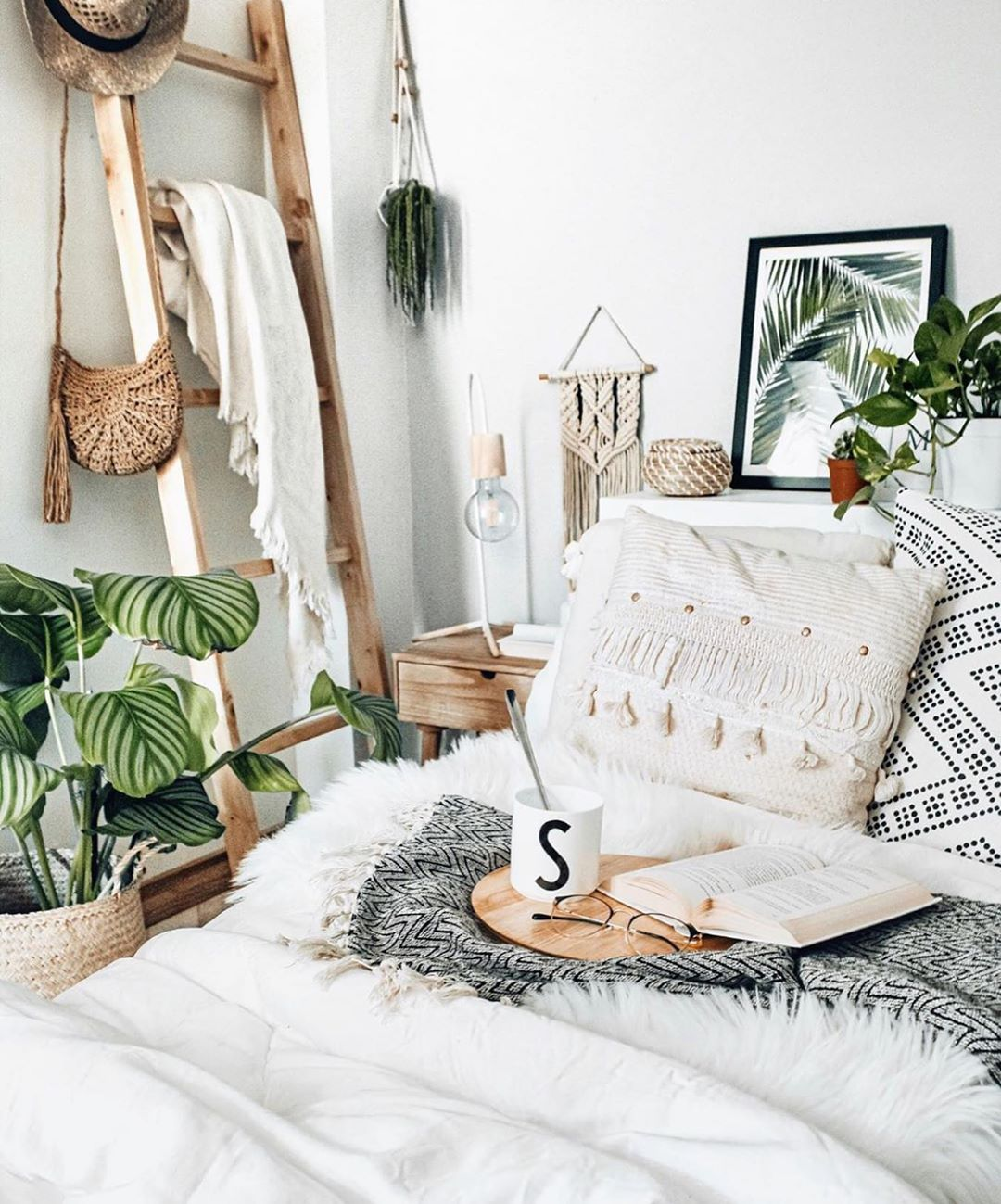 Bedroom Decor Ideas Plant Gang Plant Family Plant Display Cute Pots For Plants Green Foliage Pla Bedroom Decor Kids Bedroom Decor Scandinavian Interior Bedroom