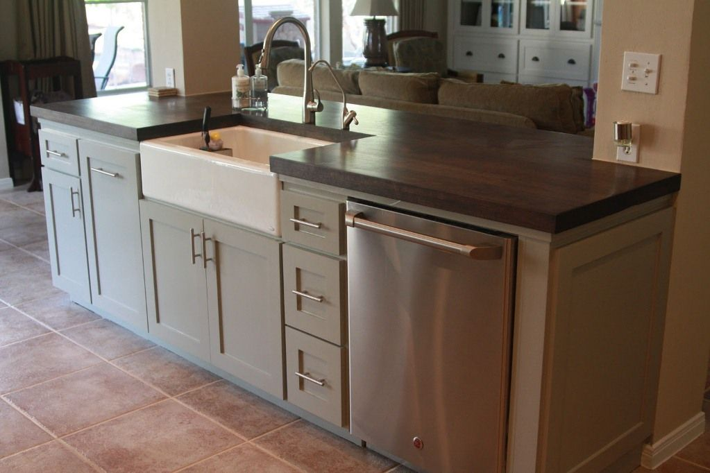 Small kitchen island with sink and dishwasher kitchen for Small dishwashers for small kitchens