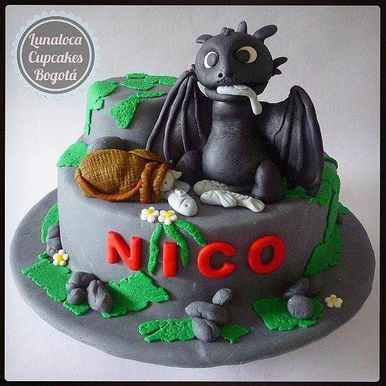 Torta Como Entrenar a tu Dragón - How to Train your Dragon Cake.