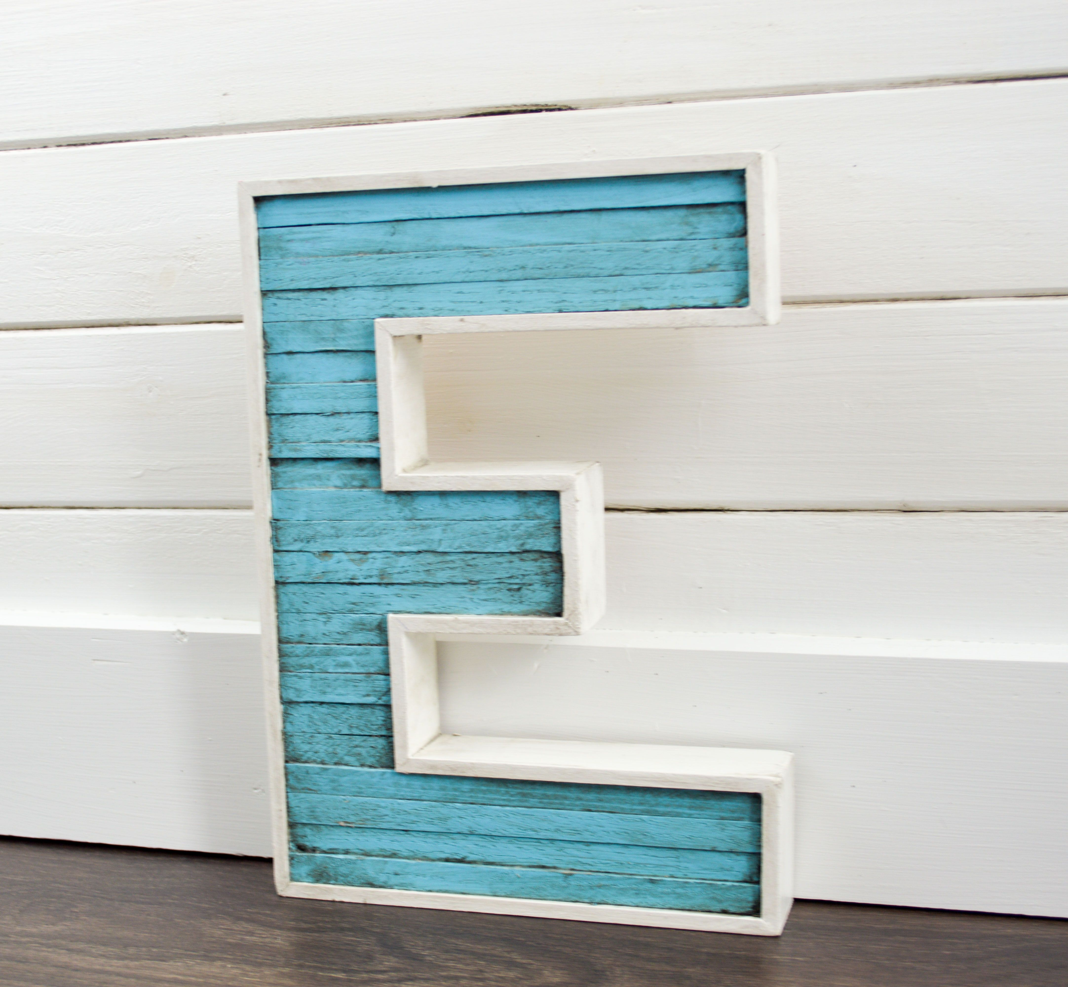 The Wood Letter Measure 12 Inches Tall 8 Inches Wide And 1 Inches Thick The Letter Is Made From Oak Har Painted Wood Letters Wood Letters New Home Designs