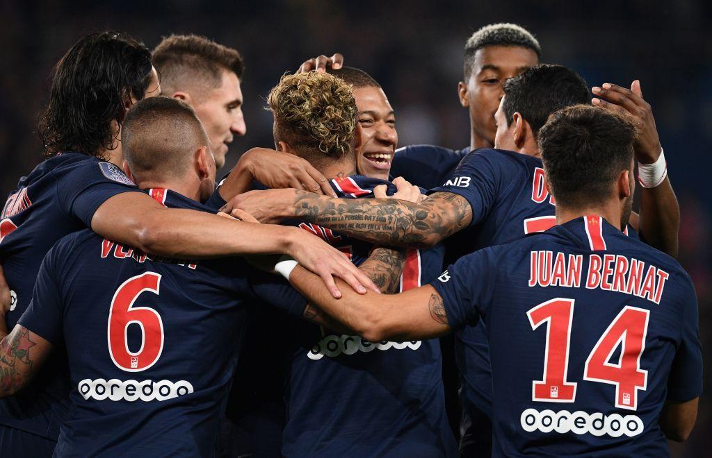 TOPSHOT PSG players celebrates after Paris SaintGermain