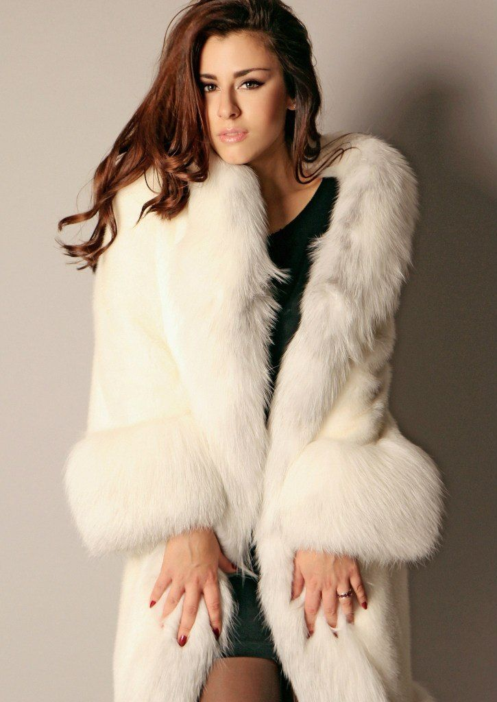 Sexy Women in Fur!!! | ~**FUR FOREVER**~ | Pinterest | Coats Sexy