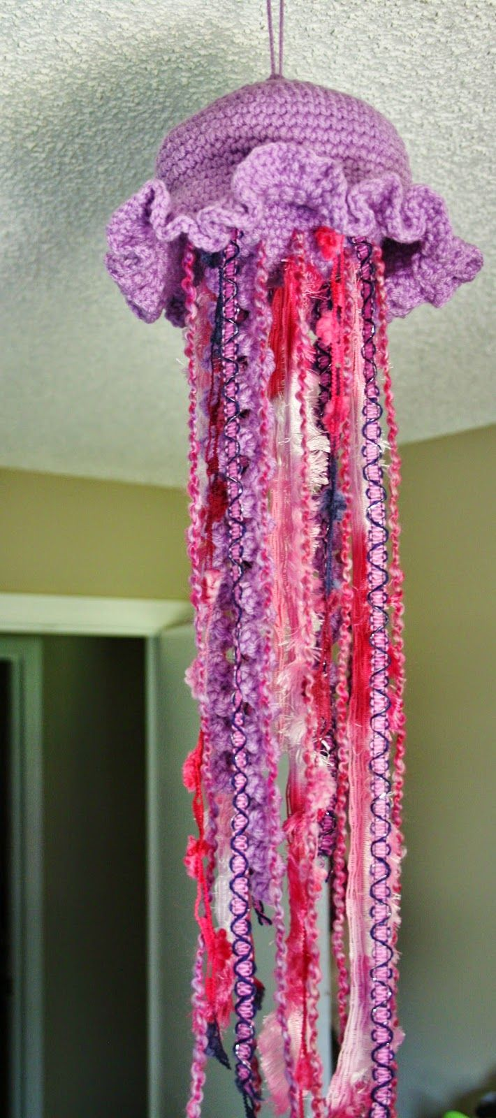 Fun Crochet Jellyfish - Free Pattern by Stephanie Fortier ...