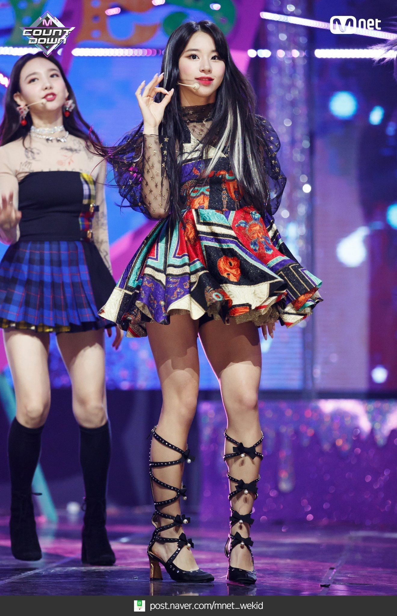 181108 Mnet Countdown Yes Or Yes Comeback Stage Kpop Outfits Korean Fashion Kpop Stage Outfits