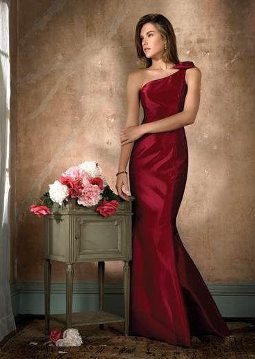 Accesorios para vestido rojo quemado