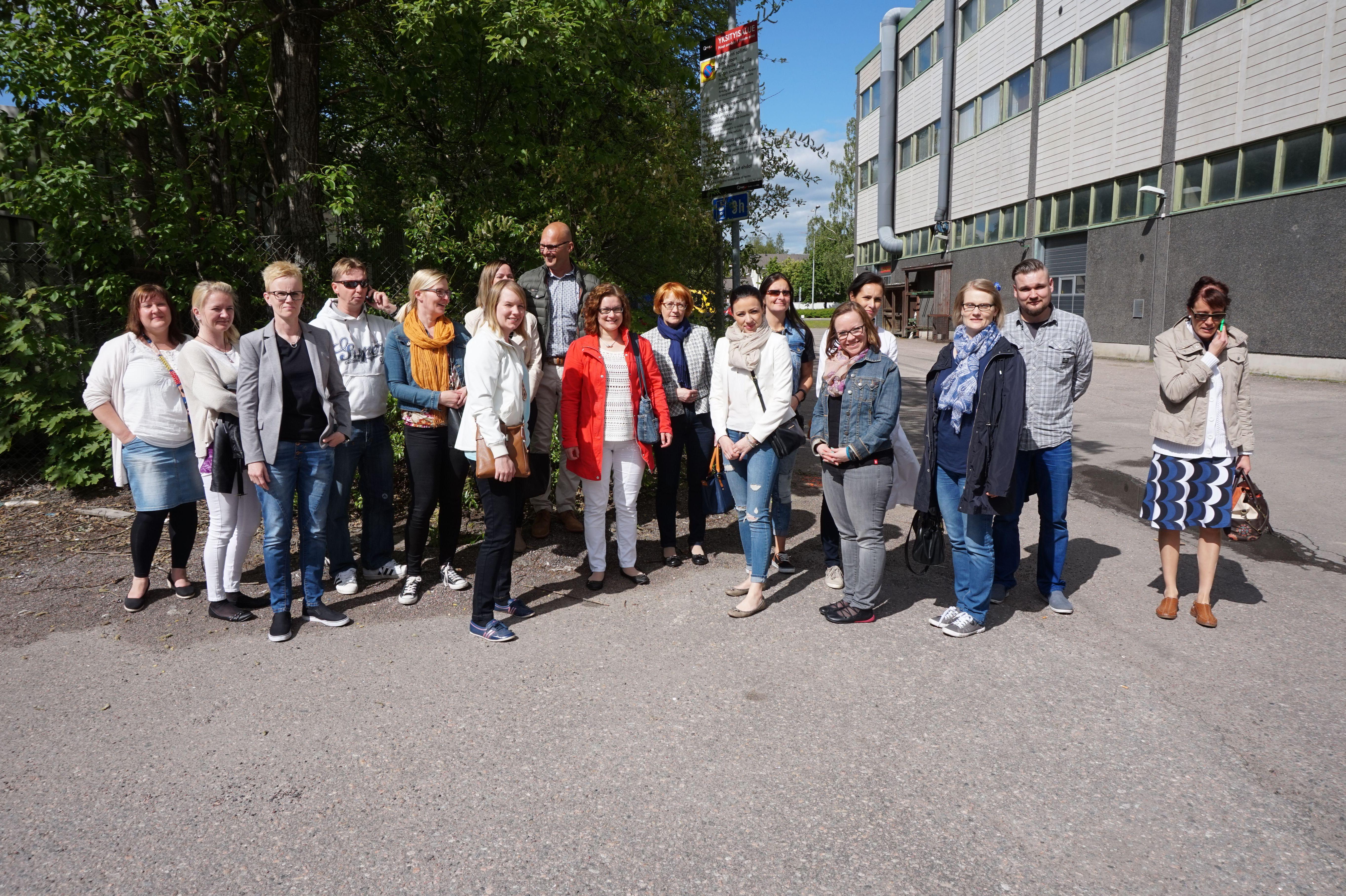 JET9 inspiroivalla yksikkökierroksella Vantaalla kesäkuussa 2015