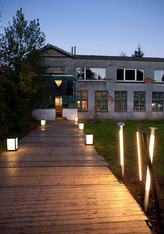 Exterior Lighting Idea Hi Me Exterior Lighting Light Architecture Architectural Lighting Fixtures